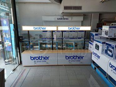 ผลิตตู้โชว์สินค้า Brother A01 และ A02